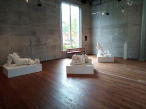 skulpturer av Lena Björn Konsthallen hishult